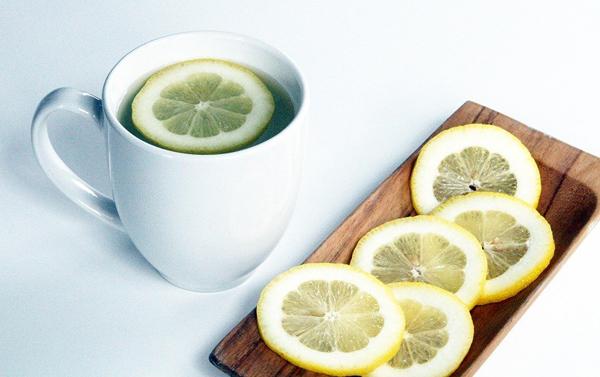 Zambrana Health Coach agua-limon